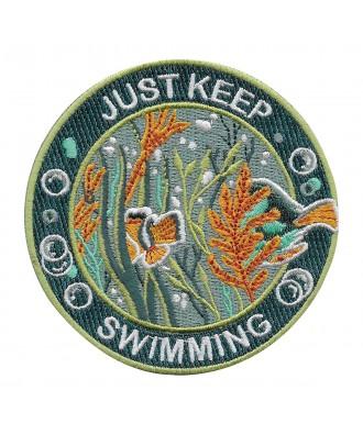 Parche sigue nadando